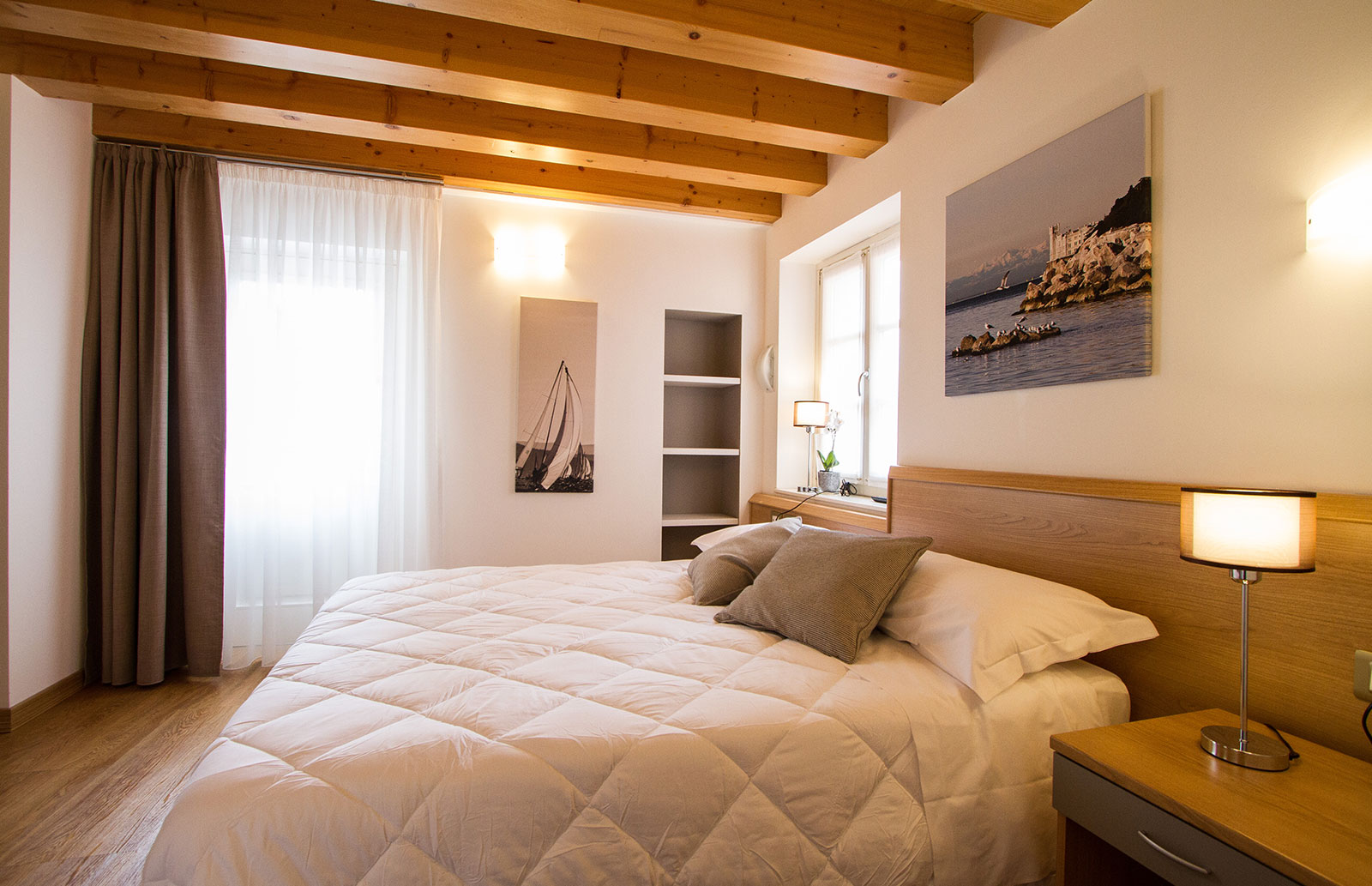 Letto Matrimoniale A Trieste.Hotel All Arco Trieste Dormire A Trieste